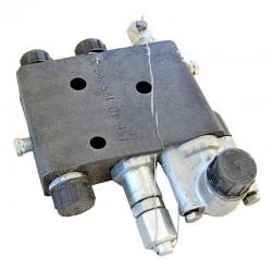 Клапан расхода 151.40.039-1 гидросистемы рулевого управления